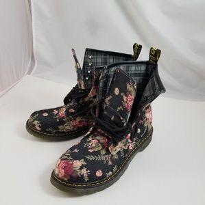 Womens Flower Boots